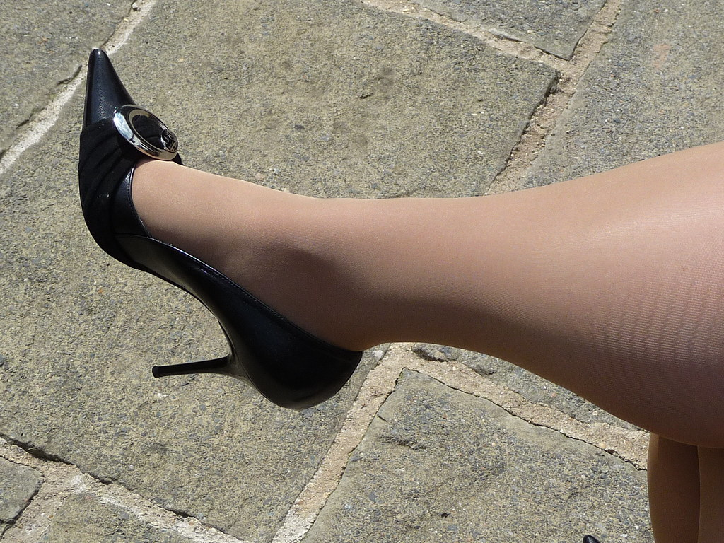 heels nylon escort magdeburg