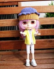 Effi's cupcake hat