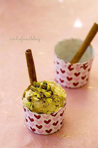 Quince ice-cream