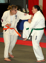 cat fight (grwsh.marcel) Tags: ladies holland netherlands cat canon fight women karate championships catfight lithuania vrouwen dames vechten litouwen kyokushin kbk 40d knokken canon40d