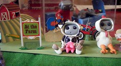 Robots down on the farm (Sleepy Robot 13) Tags: chicken pig cow farm polymerclayurbanvinylsleepyrobot13etsysilvercraftcraftscraftingsculptingsculpturefigurinearthandmadecraftshowcutekawaiirobots