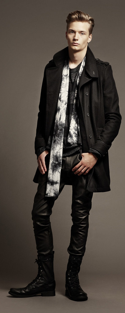 H&M FW10 Style Guide0013_Linus Gustin
