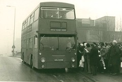 London Transport . DMS940 SMU940N . Plaistow Station  . 21st-January-1979 (AndrewHA's) Tags: bus station parkroyal londonbus leyton londontransport daimlerfleetline crg6 railwayreplacementservice dms940 smu940n