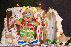 002 (Adam Cooperstein) Tags: house pennsylvania gingerbread pa buckscounty lahaska peddlersvillage buckscountypennsylvania suburbanphiladelphia pennsylvaniatravel pennsylvaniatourism pennsylvaniasmalltowns commonwealthpa pennsylvanitravel pennsylvaniashopping pennsylvaniavillages