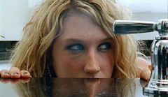 Ke$ha - TiK ToK (musicxcharts) Tags: animal video freckles tok electropop kesha tik