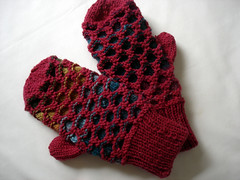 Newfoundland Mittens, Finished