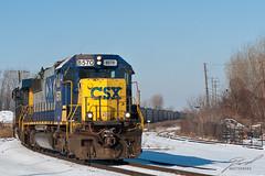 CSX 8570 Round-the-bend