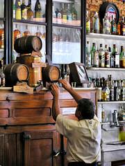 Botequim em Santa Teresa (Ivan Bustam@nte) Tags: santa rio brasil bar de pub janeiro bodega teresa barrio kneipe bairro boteco brsil botequim bresilien