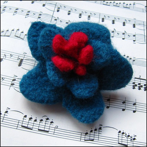 blue and red felted brooch