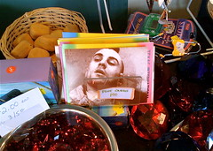 Travis Bickle at A'Loft Gift Shop (charlietheguy) Tags: kitsch travisbickle taxidriver