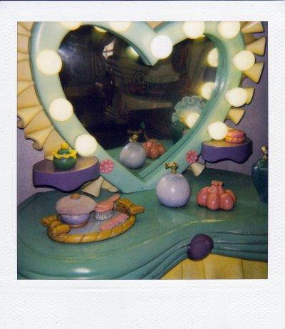 Minnie's Vanity