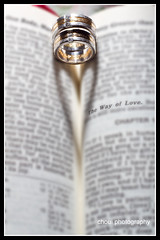 Day 32/365 (choui168) Tags: macro love heart rings 7d bible valentines project365 50mmf18ii cebusugbo igroup kenkoextensiontube 580exii flashwave cebuphotoorg