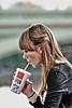 Englishwomen_215 (The-Wizard-of-Oz) Tags: portrait england urban london girl drink mcdonalds dailylife englishwoman