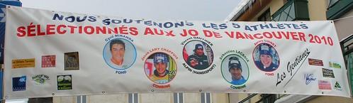 Bannière de soutien aux athlètes jurassiens sélectionnés à Vancouver 2010