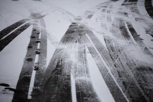 tire traces