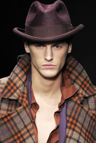 Mathias Bergh3084_FW10_Milan_Salvatore Ferragamo_HQ(gsuquared2@mh)