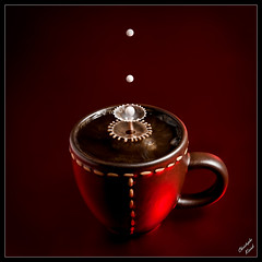 Boom boom (Christophe Kiciak) Tags: red black cup tasse coffee caf dark milk droplets drops mix object flash evolution drop drip droplet lait crown drips mixing splash liquids latte timer goutte highspeed collision arabica synchro stroboscope gouttes timing stroboscopic canonef70200mmf28lisusm bej canonspeedlite580exii flickrestrellas ubej quotidiae artofimages canon5dmarkii stopshot platinumbestshot bestcapturesaoi