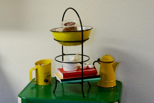 Kitchen Library Cart W/ Enamelware