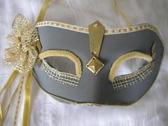 Máscara dourada