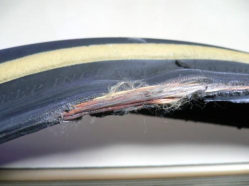タイヤ破損状況 #2