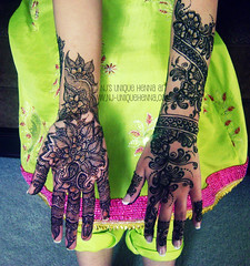 Aisha's Bridal 2010  NJ's Unique Henna Art (NJ's Unique Henna Art) Tags: wedding toronto flower art floral flow vines hands artist natural contemporary unique traditional nj peacock professional bands scarborough neat bridal henna mehendi temporary paisley mehndi intricate mehandi dulhan dulha nadrajiffry