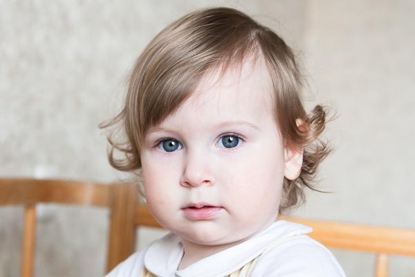 Детский и семейный фотограф Гродно. Машенька. Глаза как зеркало души