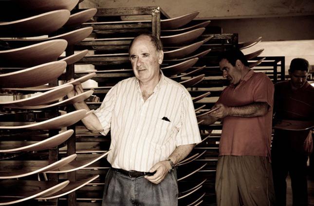Imagen de El Txampero, el autentico precursor del deslizamiento en nuestras costas.