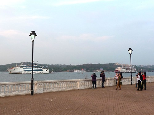 Tourists watching Casino boats