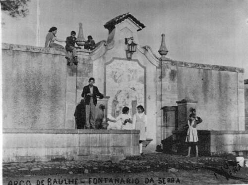 Arco de Baúlhe -  Largo da Serra