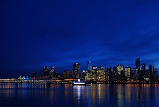 Uzaklardan Bir Akşam/Vancouver Downtown Night(Exp.)