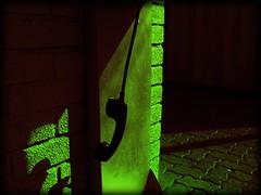 Pi Pi Pi (vieja sicodelia ) Tags: verde green telefono