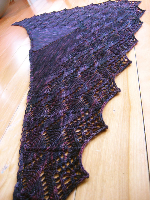 Travelling Woman Shawl in Velvet
