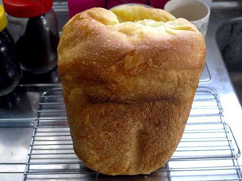 ホームベーカリーで2010年4月21日に作ったパン