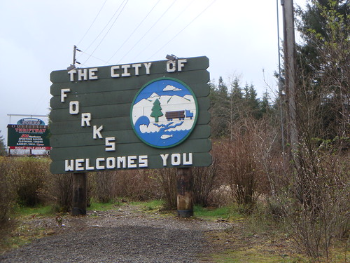 Forks: Welcomes You
