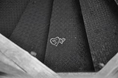 escada (DuendeBR) Tags: bw love metal stairs wooden heart amor coração escada