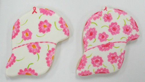 [Image from Flickr]:I am a Survivor! Hat cookies
