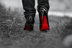 I'm Walking Away (QTRZ . d e l i r i u m ,,) Tags: red sol monochrome grass canon cutout walking rouge eos lyrics shoes away christian 7d mysterious heels delirium louboutin qtrz hahayesyouare hahaimfirst