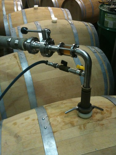 Filling barrel with stout