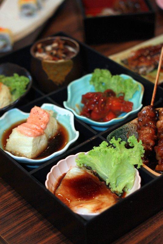 sakae sushi sakura bento