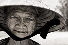 Wrinkle face (-clicking-) Tags: old portrait bw monochrome sepia women faces time older aged wrinkle visage vietnamesewomen wrinkleface 100commentgroup artofimages bestportraitsaoi elitegalleryaoi flickrtravelaward