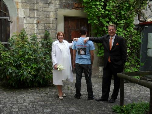 Carmen & Rolf mit Ich trage Ihr T-Shirt