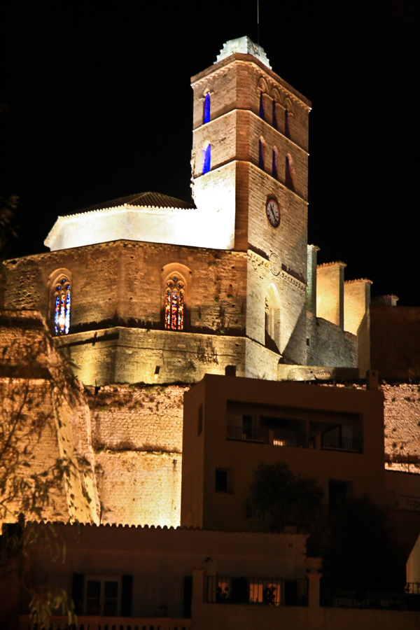 Nocturna de la Catedral de Ibiza