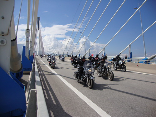 ''Harley-Davidson'' motorcycles parade in Rio-Antirrio Bridge (May 22, 2010) (2)