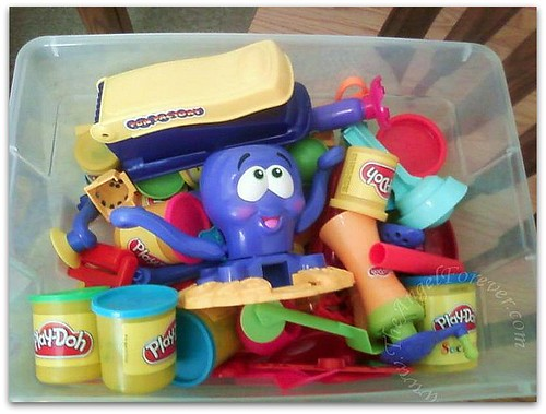Box Full 'o Play-Doh