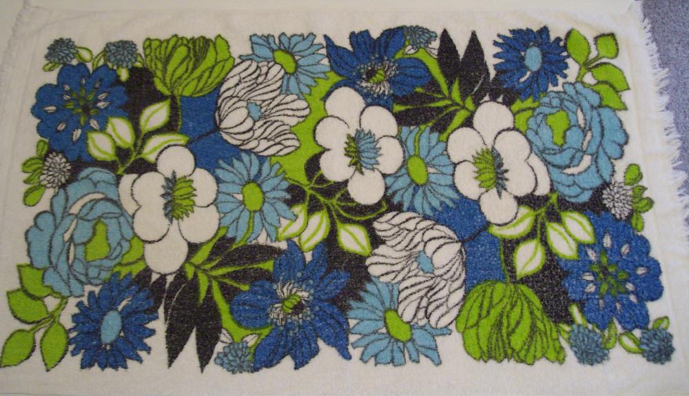 Vintage Floral Towel 1