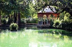Parque Maria Luisa (Vanu ツ) Tags: parque españa canon lago sevilla europa xsi parquedemarialuisa 450d