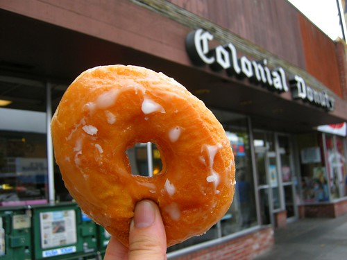Colonial Donuts (OAK)