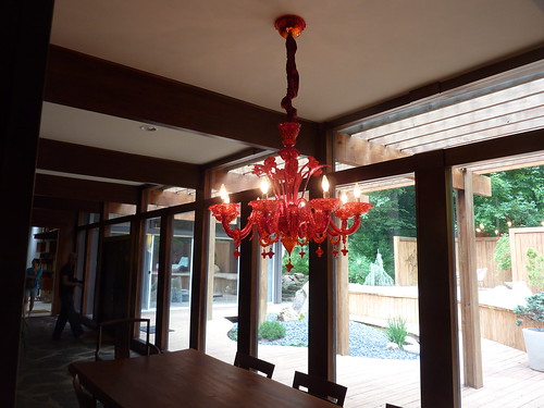 P1020484-2010-06-06-Castleway-Red-Chandalier