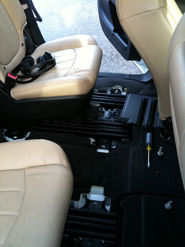 Rear Center Console Removed With Pics Chevy Traverse