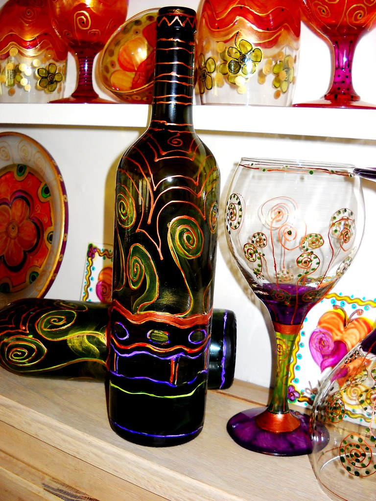 Decorative Wine Bottle> Hand Painted